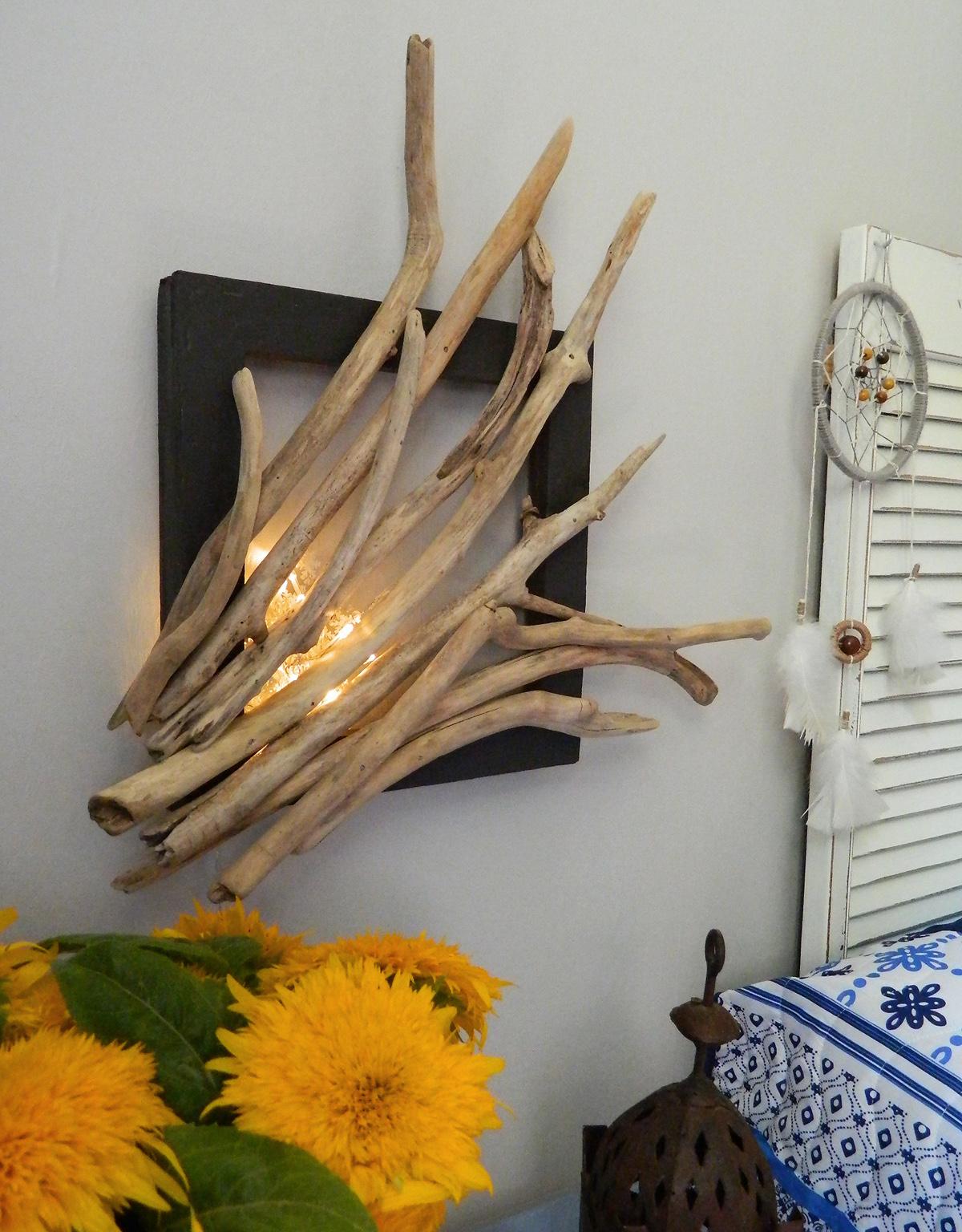 Un cadre d co en bois flott au fil de l 39 eau bois flott for Peindre du bois flotte